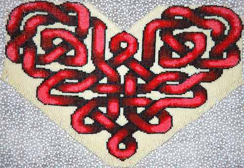 cross stitch Celtic heart